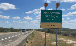 BP checkpoint Uvalde IMG 1282A 300x180 TeeFuR
